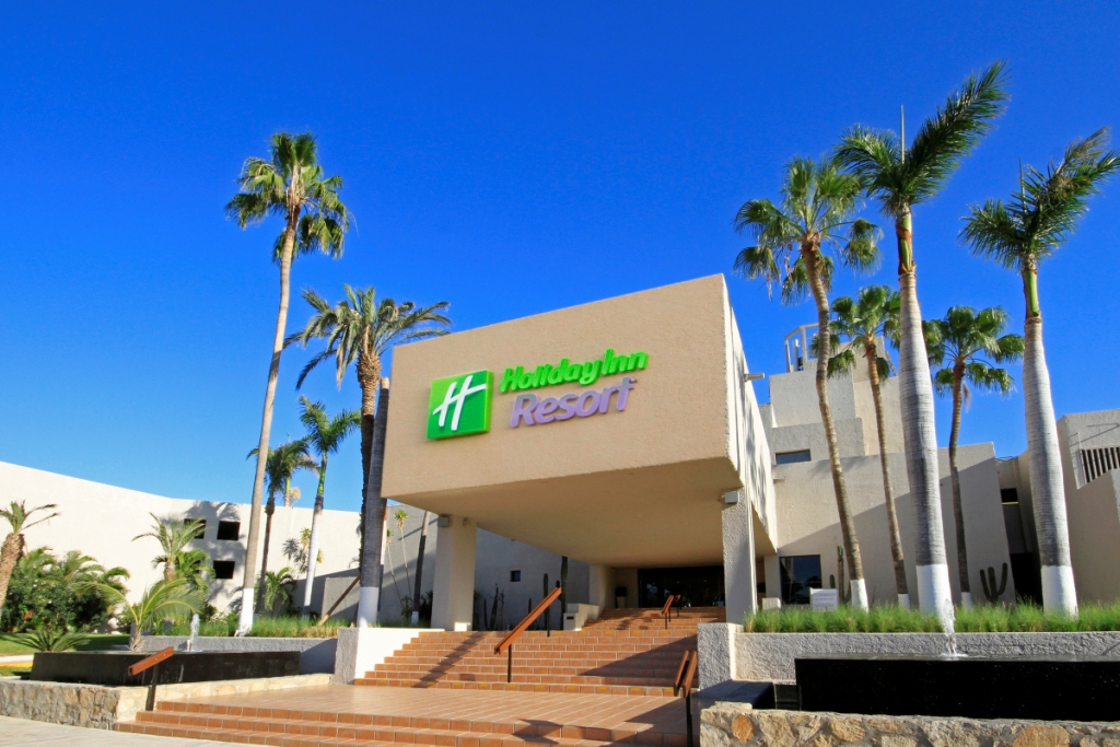 Holiday Inn Resort Los Cabos All Inclusive presentó su programa pet friendly
